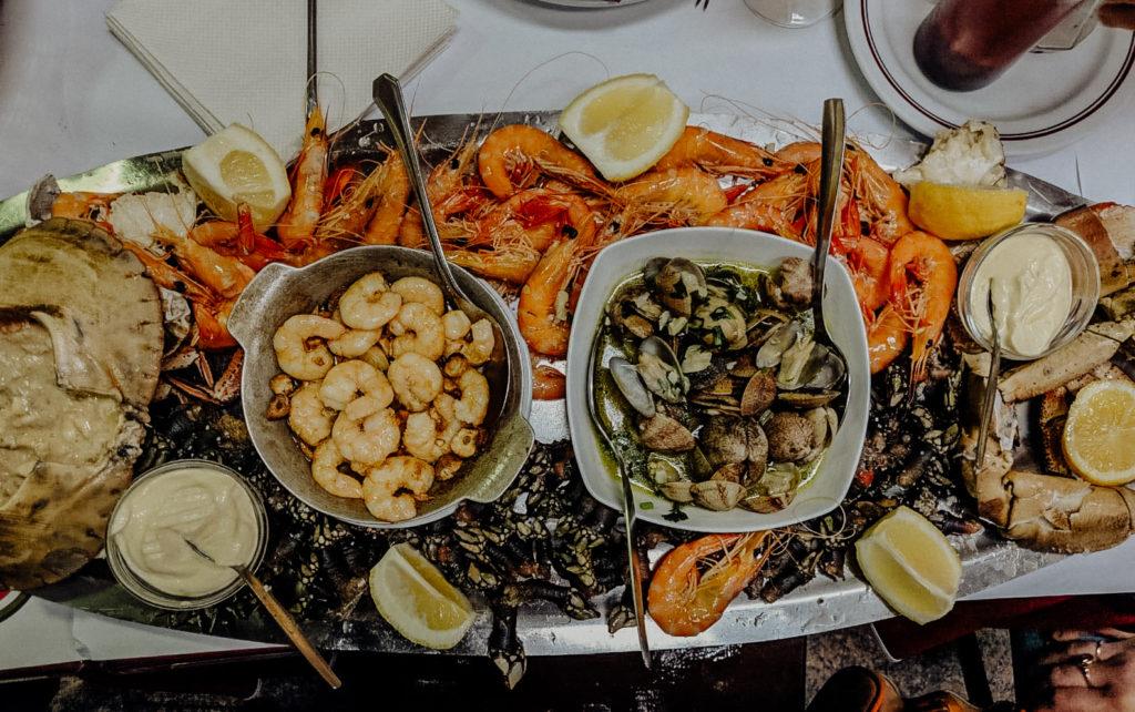 Lisbona, piatto di crostacei