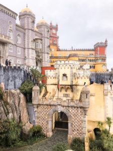 Castello tutto colorato a Sintra