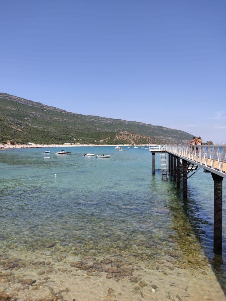 Pontile sul mare in Portogallo