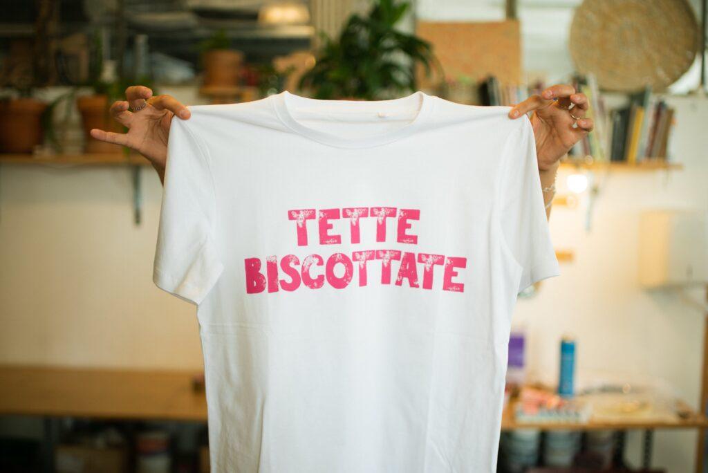 dove comprare la maglietta #tettebiscottate4airc